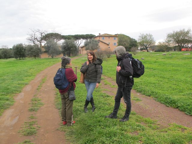 Sonia Cipollari , Denise Melvin and Marco Carloni at the Villa Quintili.